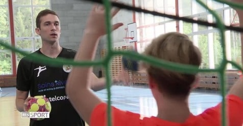 Soins Riviera soutient le 1er Handball Camp de Nikola Portner